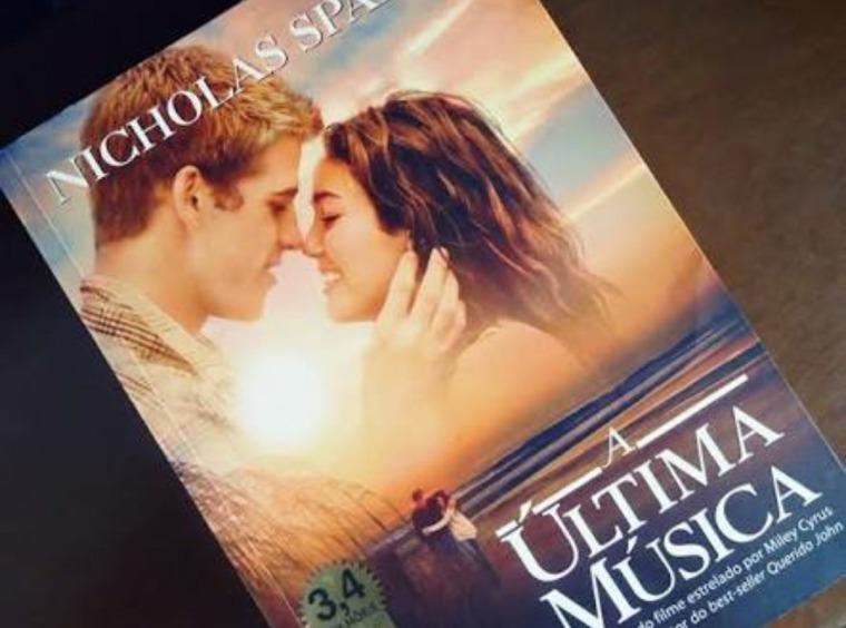 livro-a-ultima-musica-D_NQ_NP_640925-MLB26011503003_092017-F